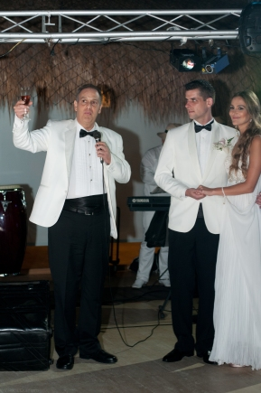 140215_WEDDINGS_LAURA +MARCUS_PARTY_066