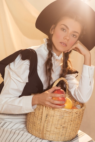 AMISH EDITORIAL047 ©VQ-Editar
